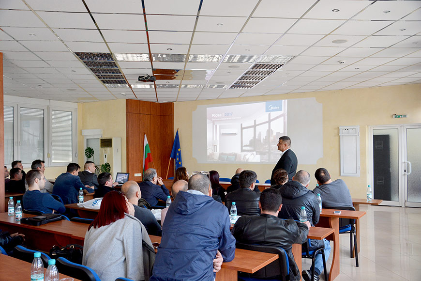 TEMPEX presented Midea's air conditioning systems during its anual seminar
